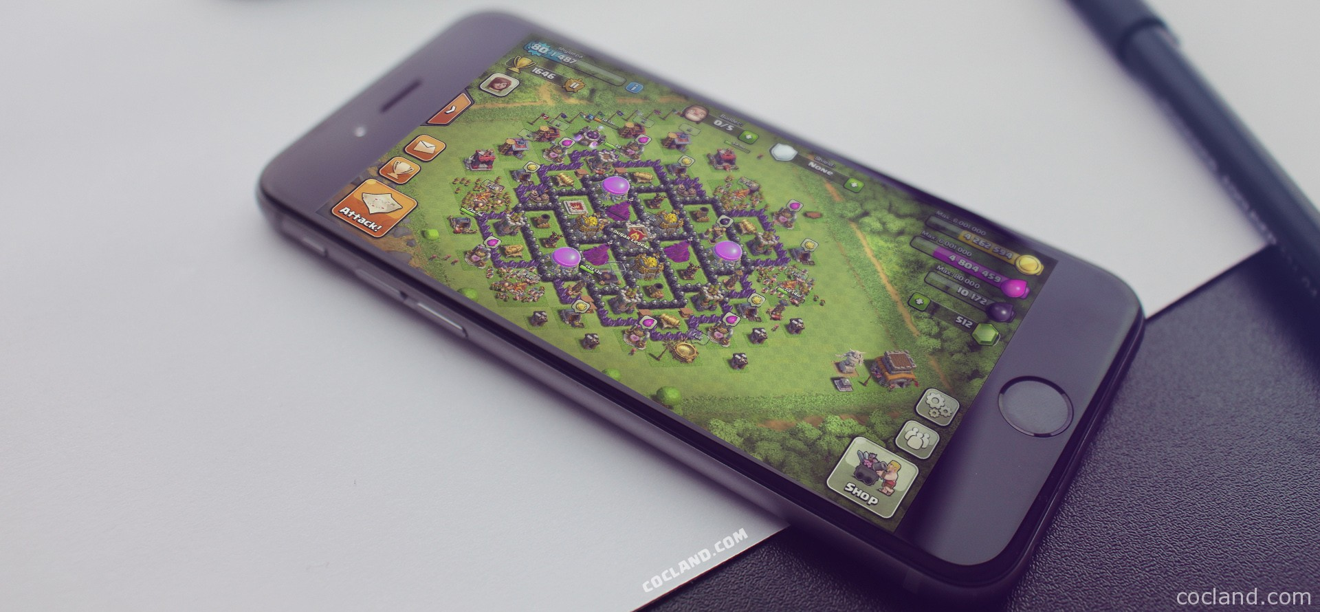 Play Clash of Clans on iPhone